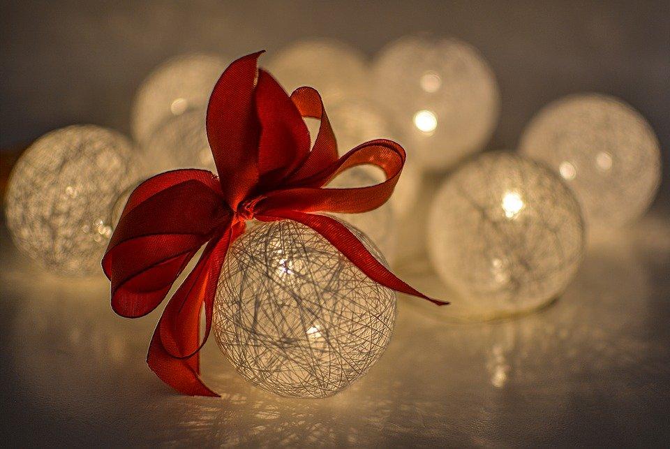 Auguri Di Buon Natale Felice Anno Nuovo.Auguri Di Buon Natale E Felice Anno Nuovo 2021 Istituto Secondario Istruzione Superiore Alfonso Casanova